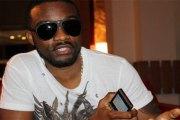 Nigeria: Davido convoqué à la police après la mort suspecte de trois de ses proches