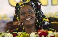 Zimbabwe : libération de quatre jeunes accusés d'avoir hué Grace Mugabe