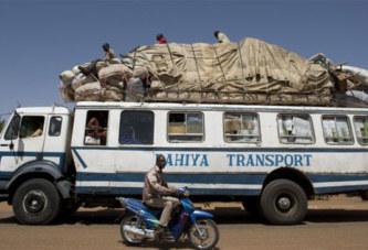 Mali: un bus saute sur une mine, 4 morts