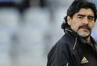 Diego Maradona opéré à l'épaule