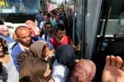 Un migrant fait 400 km agrippé sous un autobus