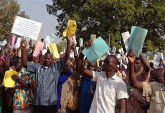 Barrage de Samandeni : La population affectée par la construction se déporte à Bobo pour réclamer son indemnisation