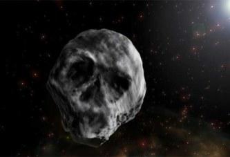 Un astéroïde à la forme d'un crâne humain se rapproche curieusement de la Terre