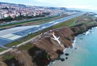 Un Boeing rate son atterrissage en Turquie