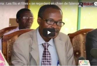 VIDEO-Burkina: les filles et les fils «se regardent en chiens de faïence»