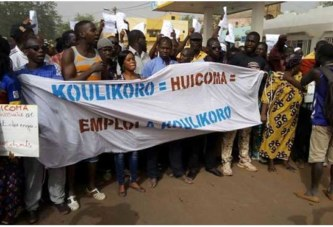 Bamako : la police disperse des manifestants qui voulaient marcher nus sur Koulouba