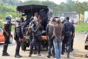 Côte d'Ivoire - Marche de l'opposition étouffée : Plusieurs arrestations et un véhicule incendié (images)