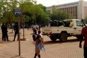 Sit-in de la CS-MEF : «Nous resterons dans la rue jusqu'à ce qu'on nous ouvre les portes du ministère»