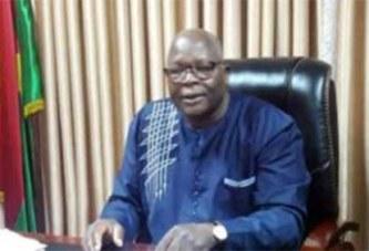 Opération caisse vide du SYNTSHA: «Est-ce pour punir le gouvernement?», s'interroge le ministre Siméon Sawadogo