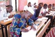 Burkina : un sexagénaire parmi les candidats au Bac