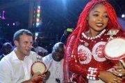Macron danse au rythme de l'Afrobeat à Lagos