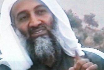 « Il a rencontré des gens qui lui ont fait subir un lavage de cerveau » : la mère d'Oussama Ben Laden parle pour la première fois