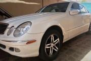 En vente: Mercedes E320