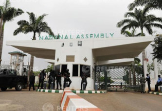 Nigeria : Le chef des renseignements limogé après la prise de contrôle «illégale» du Parlement