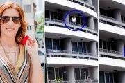 Une femme chute du 27ème étage en faisant un selfie - Vidéo