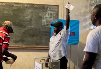 Le Cameroun dans l'attente des résultats de la présidentielle