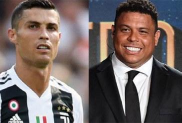 Football: Quand le Brésilien Ronaldo tacle Cristiano Ronaldo