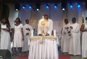 Soirée d'adoration/XIV Édition-Abidjan: Un Prêtre exorciste expose »Les trois ministres de satan»
