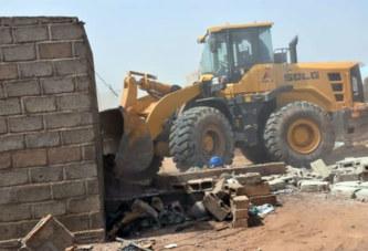 Bobo-Dioulasso: destruction de logements illégalement construits dans une caserne
