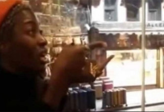 Turquie : Une Noire expulsée d'un restaurant à cause de son odeur (vidéo)