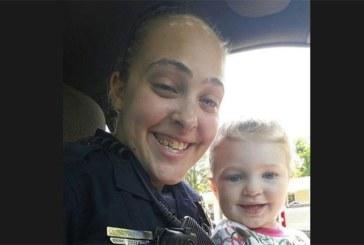 Sa fille laissée dans la voiture sous 40 degrés meurt pendant qu'elle couche avec son patron