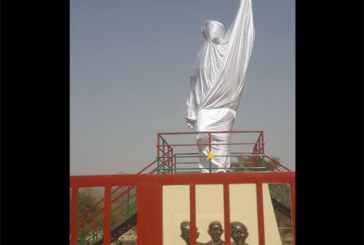Statue de Thomas Sankara ou représentation des fantômes qui hantent le conseil ?