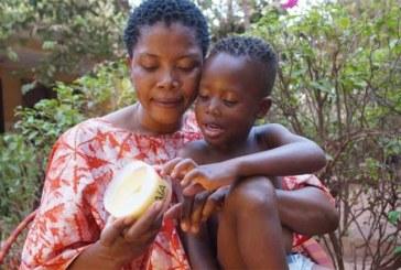 Au Burkina, les belles promesses de la pommade anti-paludisme