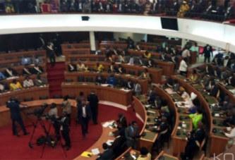 Élection du Président de l'Assemblée, Soro brille par son absence ainsi que plusieurs députés du groupe parlementaire PDCI-RDA, l'hémicycle vide au tiers