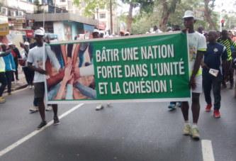 Côte d'Ivoire/Marche historique pour la Paix: Chrétiens, musulmans, soldats, Guides religieux dans les rues pour dire ''Non'' à la guerre