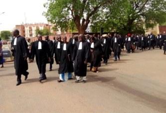 Burkina: les avocats reconduisent leur mouvement de protestation pour 2 semaines