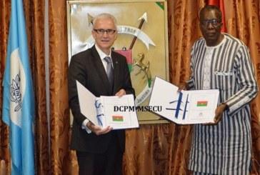Burkina : signature d'un protocole d'accord entre le ministère de la sécurité et Interpol