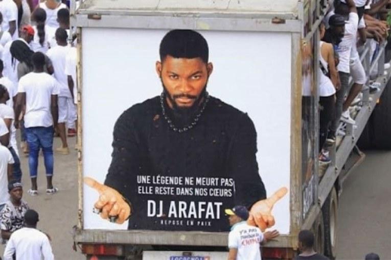 Le témoignage de la dernière personne à avoir parlé avec Arafat dj: «Il ne faisait que parler de Dieu»