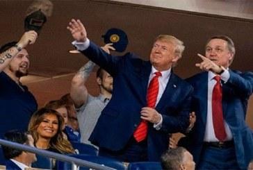 USA: le président Donald Trump hué lors d'un match de baseball