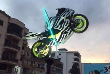 La moto qui a tué Arafat immortalisée à Abidjan Marcory