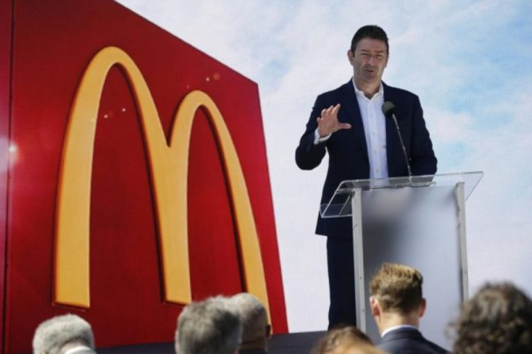 Le patron de McDonald's limogé après une liaison au sein de l'entreprise
