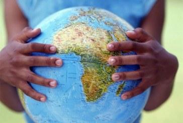 Voyage en développement, l'introduction en marche africaine