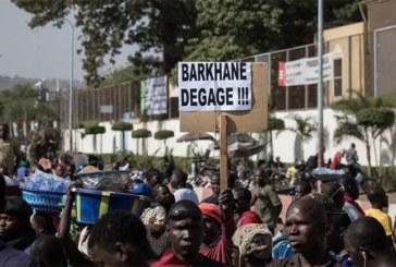 """Anti-terrorisme.Sahel : la """"convocation"""" de Macron passe mal en Afrique"""