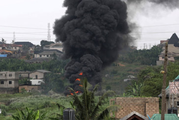 Nigeria : un pasteur confond eau bénite et essence, énorme explosion à Lagos