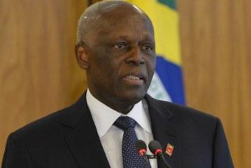 Accusé de corruption en Angola, Eduardo dos Santos sort du silence