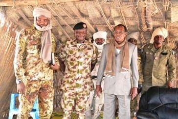 Tchad:Le Président Idriss Deby refuse la défaite contre Boko Haramet s'installe sur une Île pour diriger l'offensive