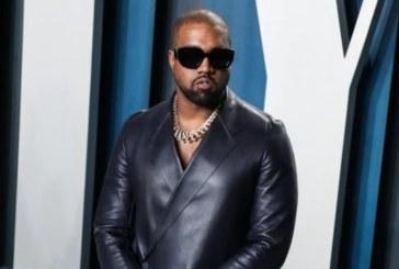 Le rappeur Kanye West devient officiellement milliardaire, selon Forbes !