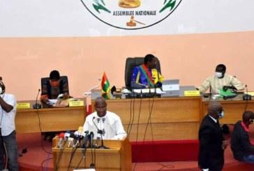 Le premier ministre Christophe Dabiré sur la mort de 12 personnes Tanwalbougou: «Ce qu'on n'a pas vu il ne faut pas dire qu'on l'a vu»