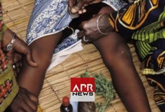 Somalie : des femmes font du porte-à porte pour proposer l'excision pendant le confinement