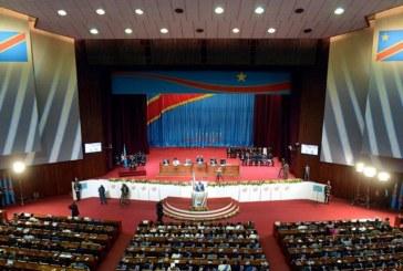 RDC : des députés en viennent aux mains à l'Assemblée après des jours de tensions