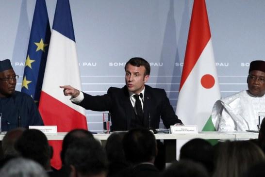 Crise politique au Mali : IBK sermonné par Emmanuel Macron et Idriss Déby