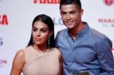 La femme de Ronaldo enflamme Twitter