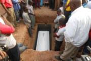 Inhumation de Jean-Baptiste Pitroïpa:   Le père de Jonathan Pitroïpa repose au cimetière de Gounghin