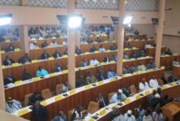 Frais de carburant et de téléphone des ministères et institutions du Burkina en 2013 : plus de 6 milliards de FCFA
