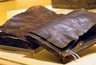 Une Bible de 1500 ans confirme que Jésus Christ n'a pas été Crucifié; Le Vatican Tremble