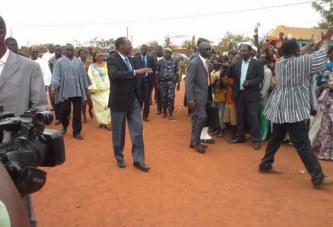 Burkina Faso: une tournée présidentielle au parfum de campagne